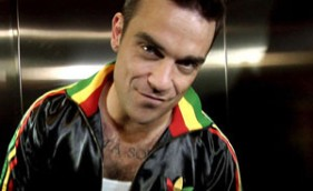 84_RobbieWilliams_L250107
