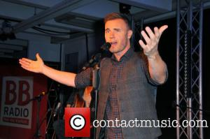 gary-barlow-gary-barlow-performing-a-private_4082415
